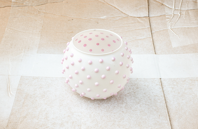 Spray painting DIY hobnail milk glass vase