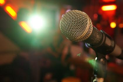 5 Jokes Receh Yang Buat Kau Geleng - Geleng Kepala