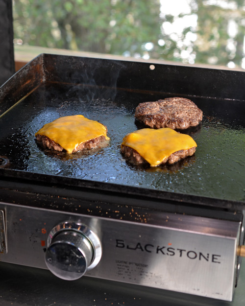 """Cheeseburgers on the Blackstone 17"""" Griddle"""