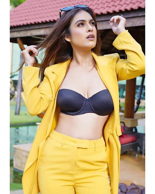 Neha Malik Photos