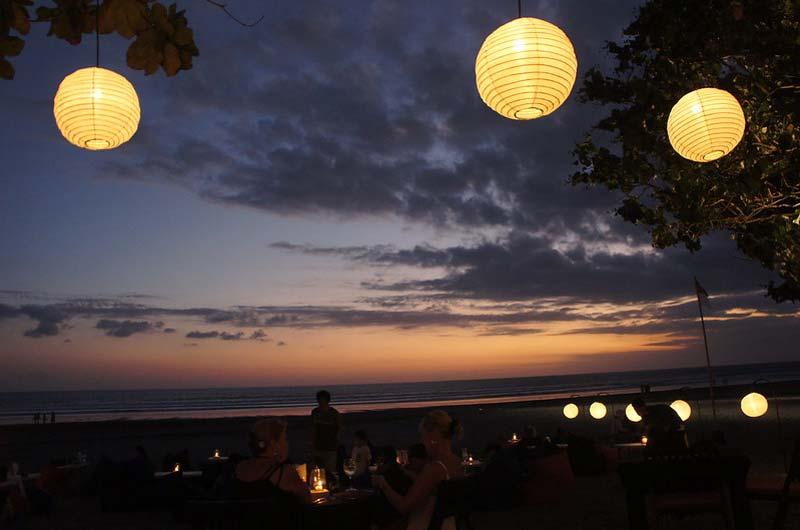 Fasilitas Wisata di Pantai Legian