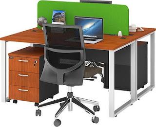 Model Meja Kantor yang Populer