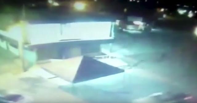 VIDEO: Convoy de sicarios en 11 unidades ingresan de Michoacán a Guanajuato paseando con libertad mientras arroja cadáveres