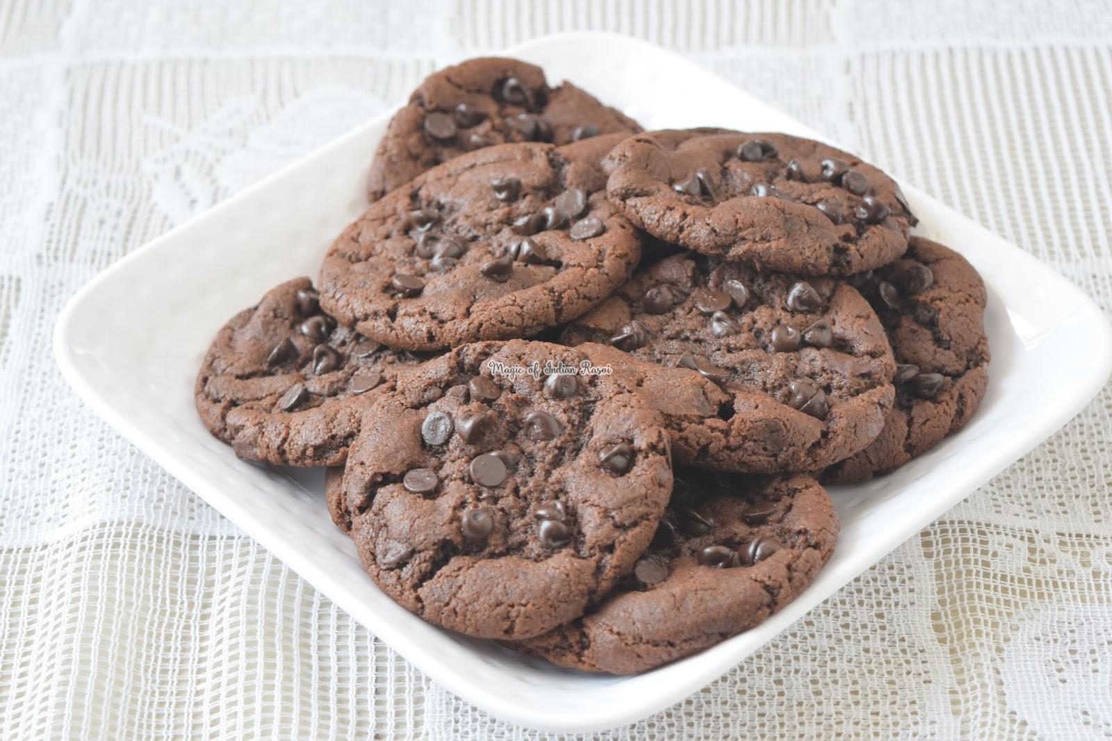 Eggless Brookies - Brownie Cookies Recipe - बिना अंडे की ब्राउनी वाली कूकीज - Priya R - Magic of Indian Rasoi