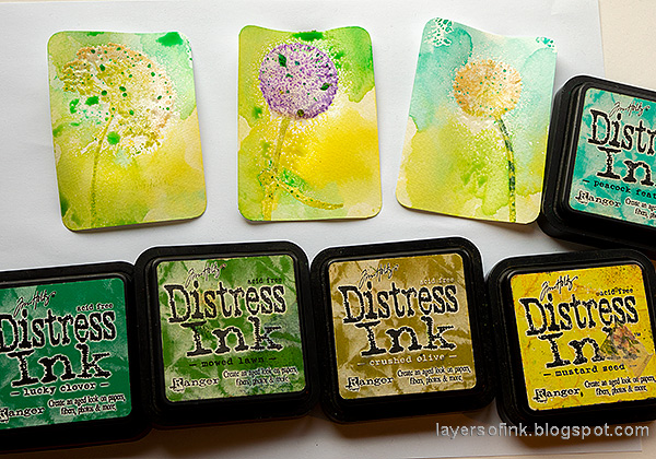 Layers of ink - Wildflowers Artist Trading Cards Tutorial by Anna-Karin Evaldsson. With Simon Says Stamp Laugh In Flowers stamp set.