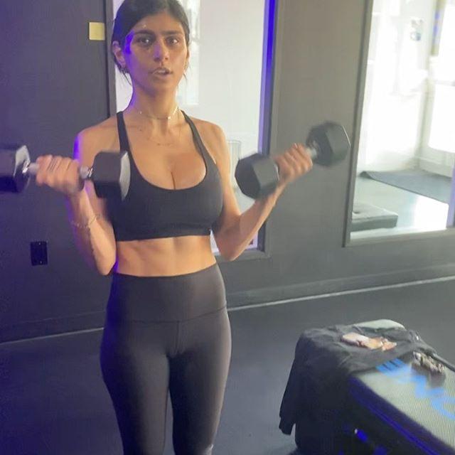 Mia Khalifa Latest Hot Pics from Social Media