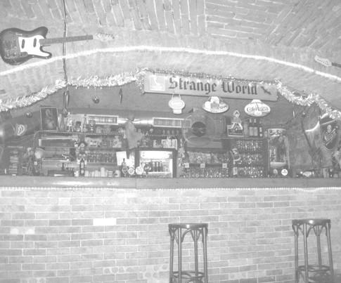 Rock Club očami štamgastov, Rock Club naOZZaY, fotografie, kniha o naOZZaY, Ján Mihál, Martin Užák