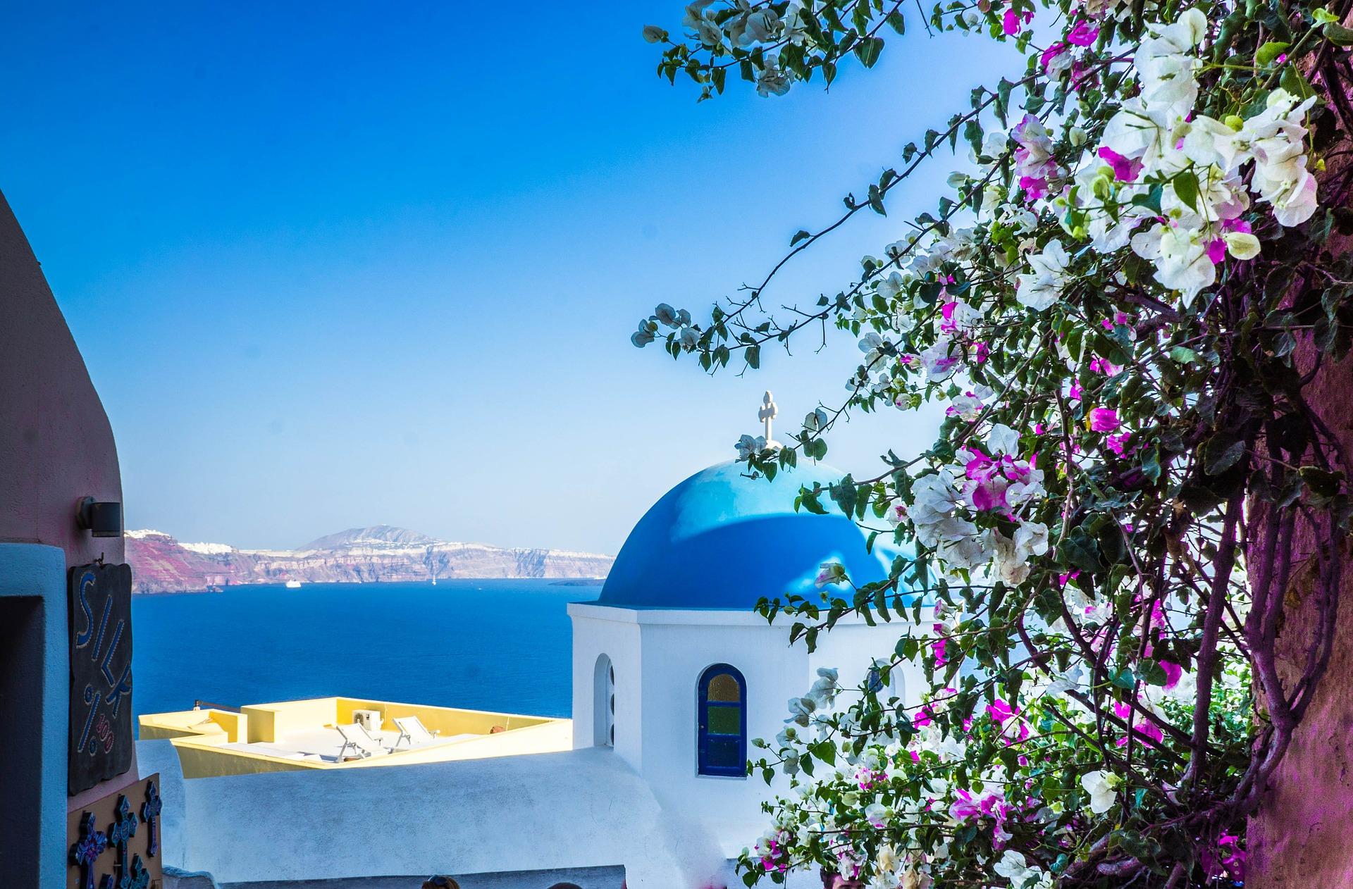 الاتحاد للطيران تطلق وجهات صيفية لجزر اليونان ومدن بجنوب إسبانيا