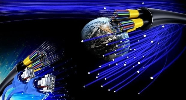 advantages and disadvantages of optical fiber small businesses internet connection speeds