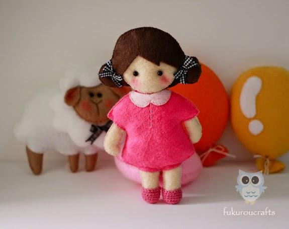 Cute Girl Felt Doll Christmas ornaments, handmade,  เครื่องประดับ, ตกแต่ง ต้น คริสมาสต์  ปีใหม่  ตุ๊กตา เด็ก ผู้ หญิง ผ้า สักหลาด น่ารัก