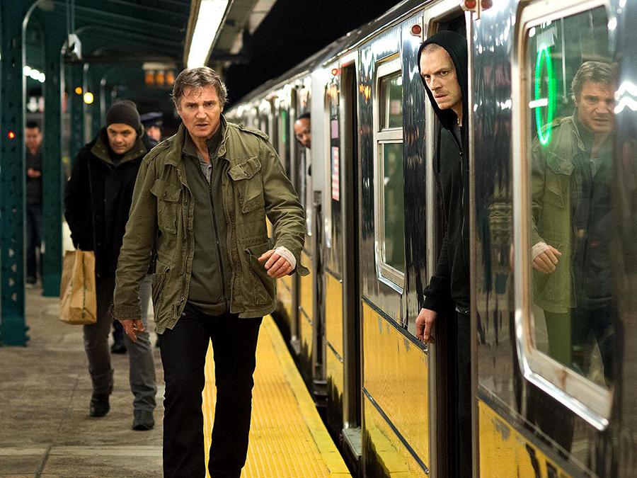 Liam Neeson şi Joel Kinnaman în filmul de acţiune Run All Night
