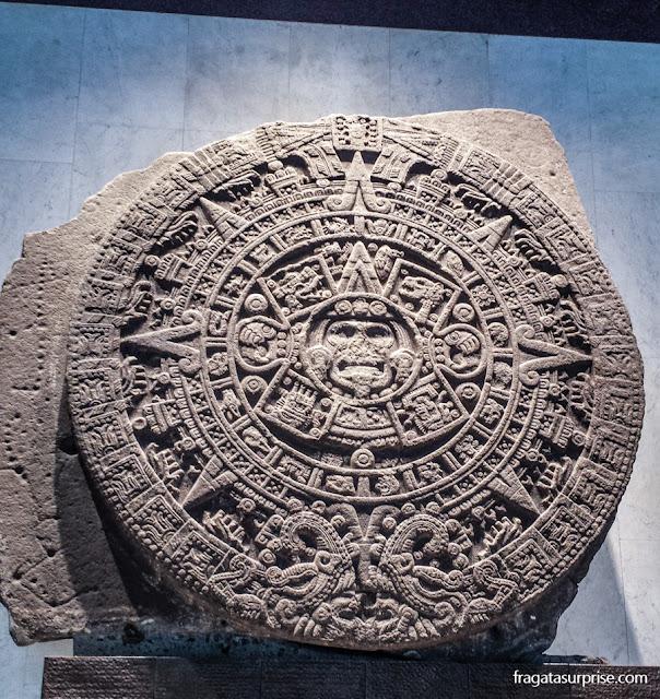 Calendário Asteca no Museu Nacional de Antropologia - Cidade do México