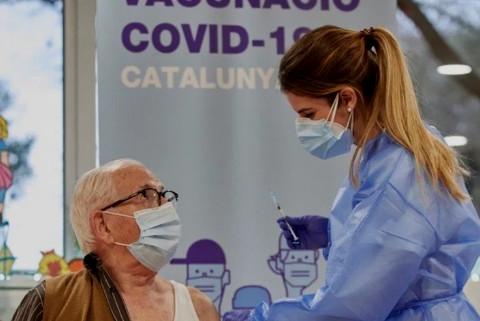 taroudantpress : L'Espagne propose une troisième dose du vaccin pour les patients immunodéprimés