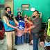 PGRI Cihaurbeuti Serah Terimakan Bantuan Sembako Melalui Kepala Desa