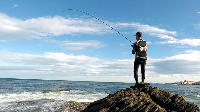 PICADA - Caña de spinning Fisterra en acción de pesca