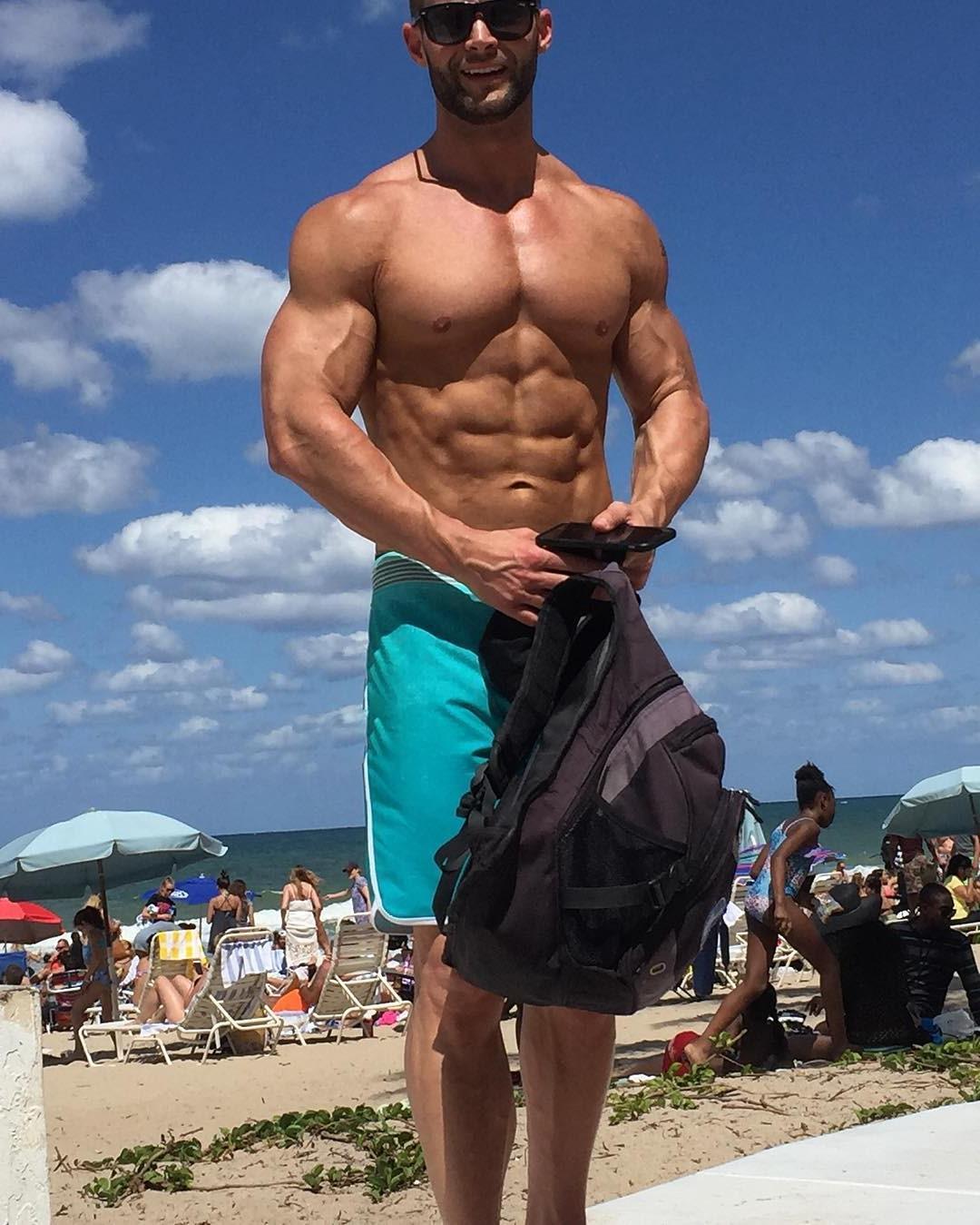 muscular-barechest-guys-whitney-reid-beach-men