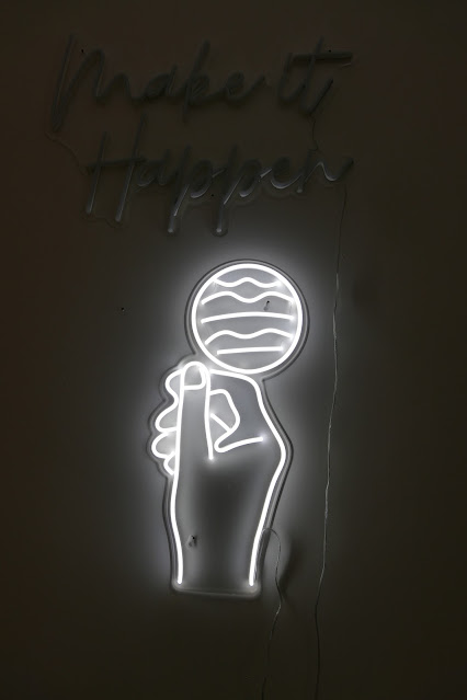 Best Neon Lights To Get For Your Home, neon vibes uk, neon vibes reviews, neon vibes uk reviews, neon vibes sign, neon vibes discount, custom neon light brand, best neon light uk