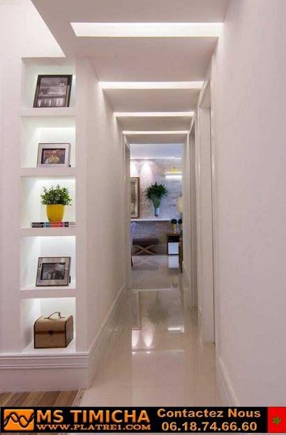 Décoration en plâtre pour murs de halls