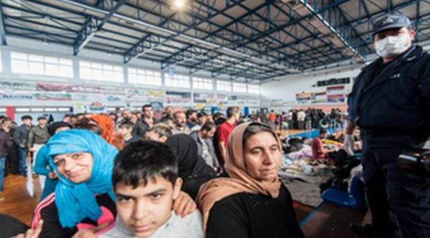 ΤΑΦΟΠΛΑΚΑ ΣΤΗΝ ΕΛΛΑΔΑ!! ΟΧΙ ΑΥΤΟ ΔΕΝ ΕΙΝΑΙ ΡΑΤΣΙΣΜΟΣ ΚΑΤΑ ΤΩΝ ΕΛΛΗΝΩΝ..Οι Λαθροεπενδυτες μεταναστες  θα μπορούν να μηνύουν για «ρατσισμό» τους Έλληνες χωρίς καν να πληρώνουν παράβολο!
