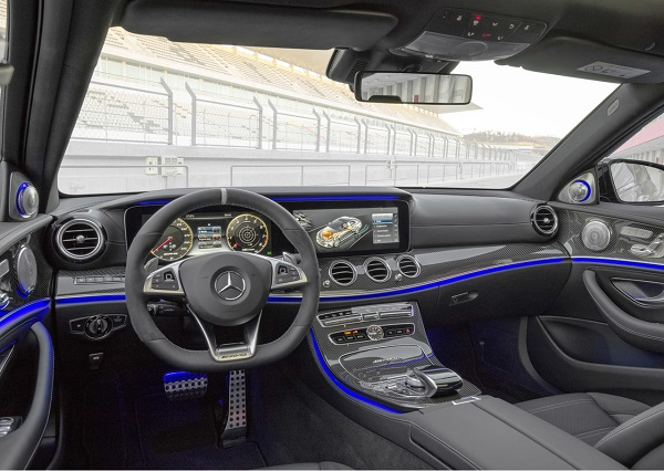 Interior Mercedes-AMG E 63 S 4Matic+