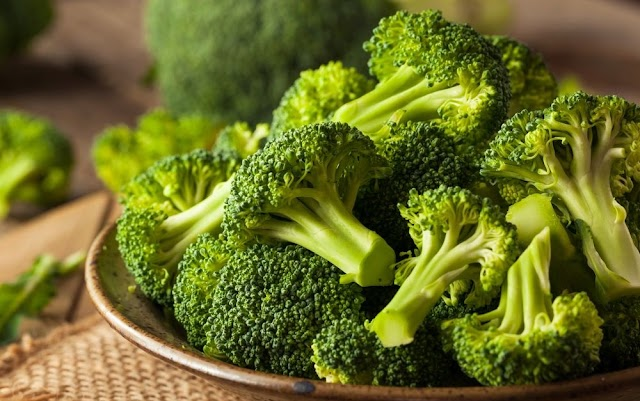 Broccoli in your diet can Protects against Bowel Cancer