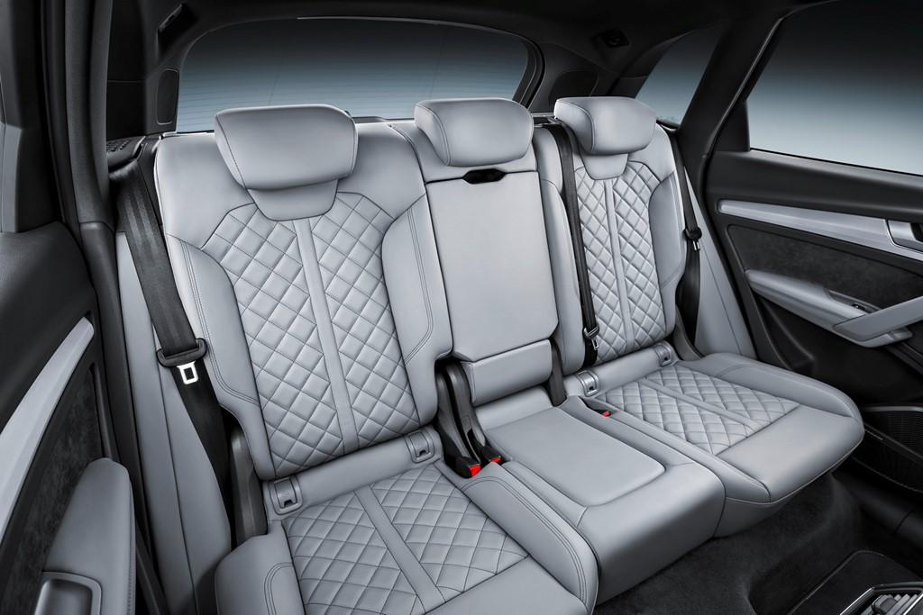 ghế sau Audi Q5