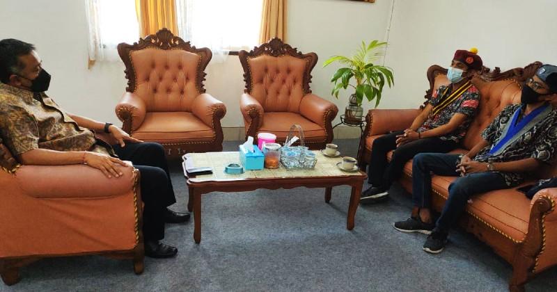 Komda III PMKRI Bersama Korwil GMKI Beraudiensi dengan Ketua KPU Bali