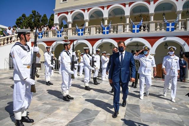 Παναγιωτόπουλος: «Η Ελλάδα ανταποκρίνεται στις προκλήσεις με αυτοσυγκράτηση» (13 ΦΩΤΟ)