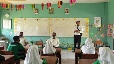 Sat. Resnarkoba Polres Lingga lakukan Penyuluhan Bahaya Narkoba Kepada Pelajar