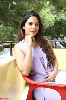 Tanya Hope in Crop top and Trousers Beautiful Pics at her Interview 13 7 2017 ~  Exclusive Celebrities Galleries 153.JPG