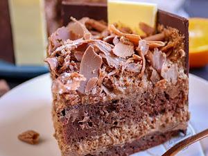 Le Charlemagne : gâteau chocolat et praliné