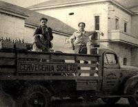 Camion de reparto de la Cerveceria Schlau