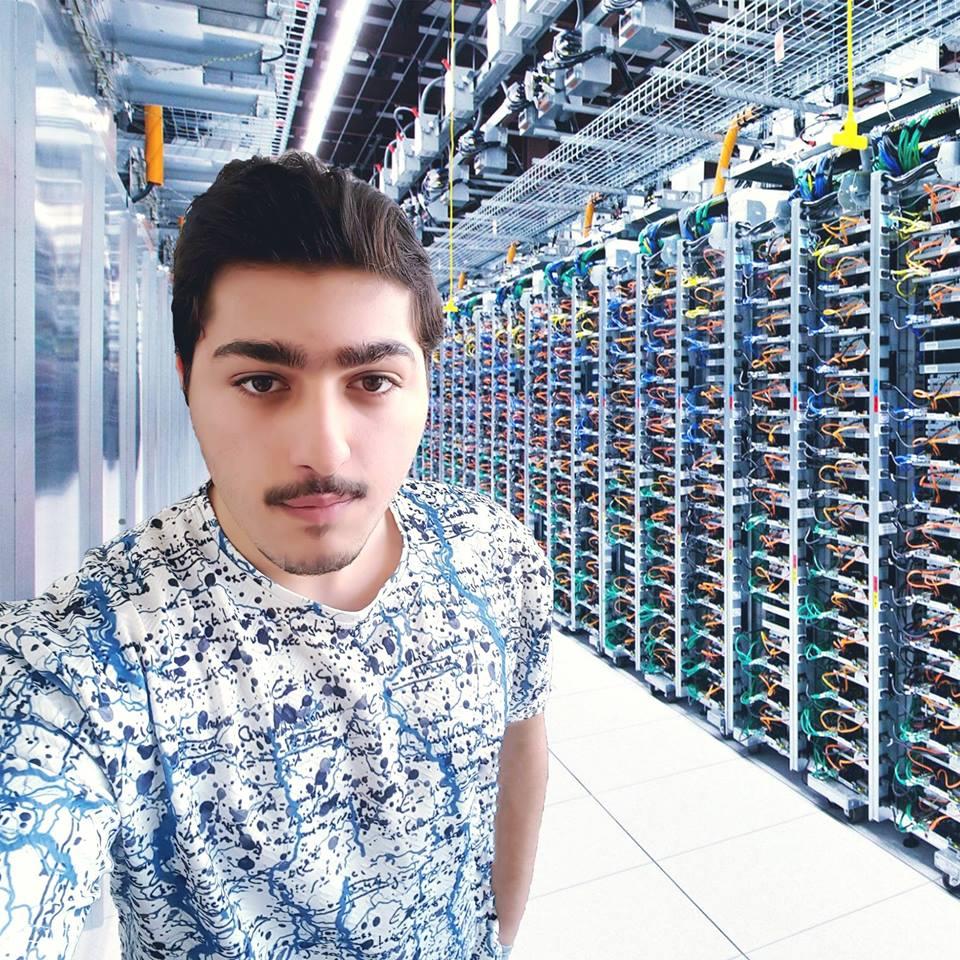 مدون: ياسر الحراكي