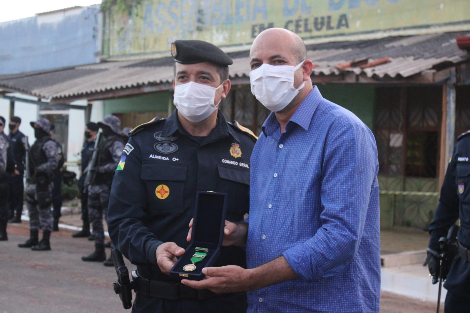 """Deputado Ismael Crispin recebe medalha """"Guardião da Zona da Mata"""""""