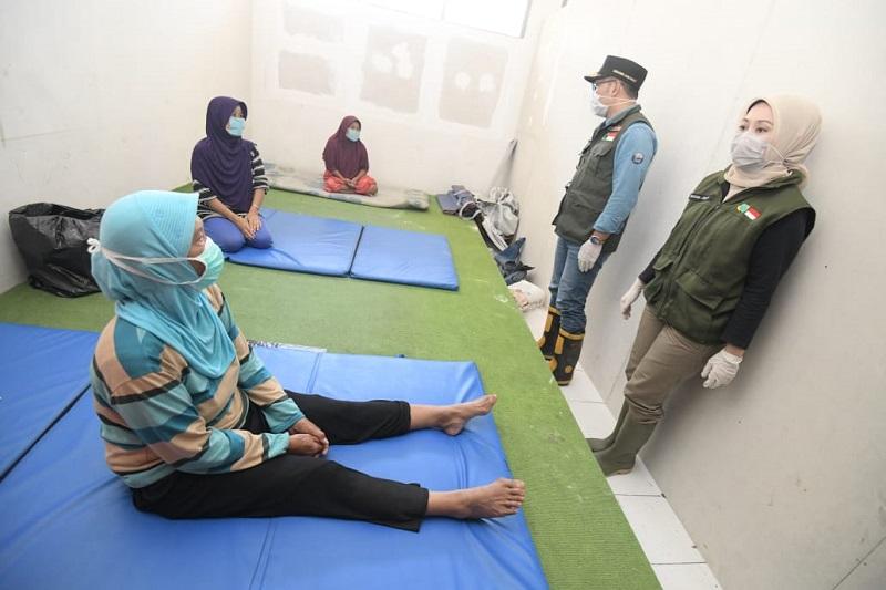 Prosedur Kesehatan COVID-19 Diterapkan di Pengungsian Banjir Kabupaten Bandung