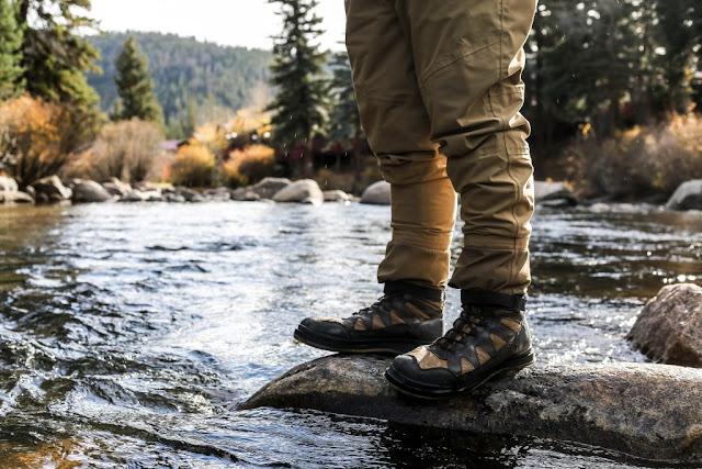 Giày không thấm nước