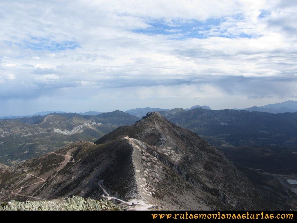 Ruta Agujas y Toneo: Camino del Agujas al Toneo