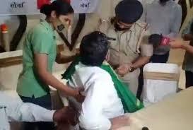 યુદ્ધવીરસિંહને ગુજરાતમાં પોલીસે ધરપકડ કરી