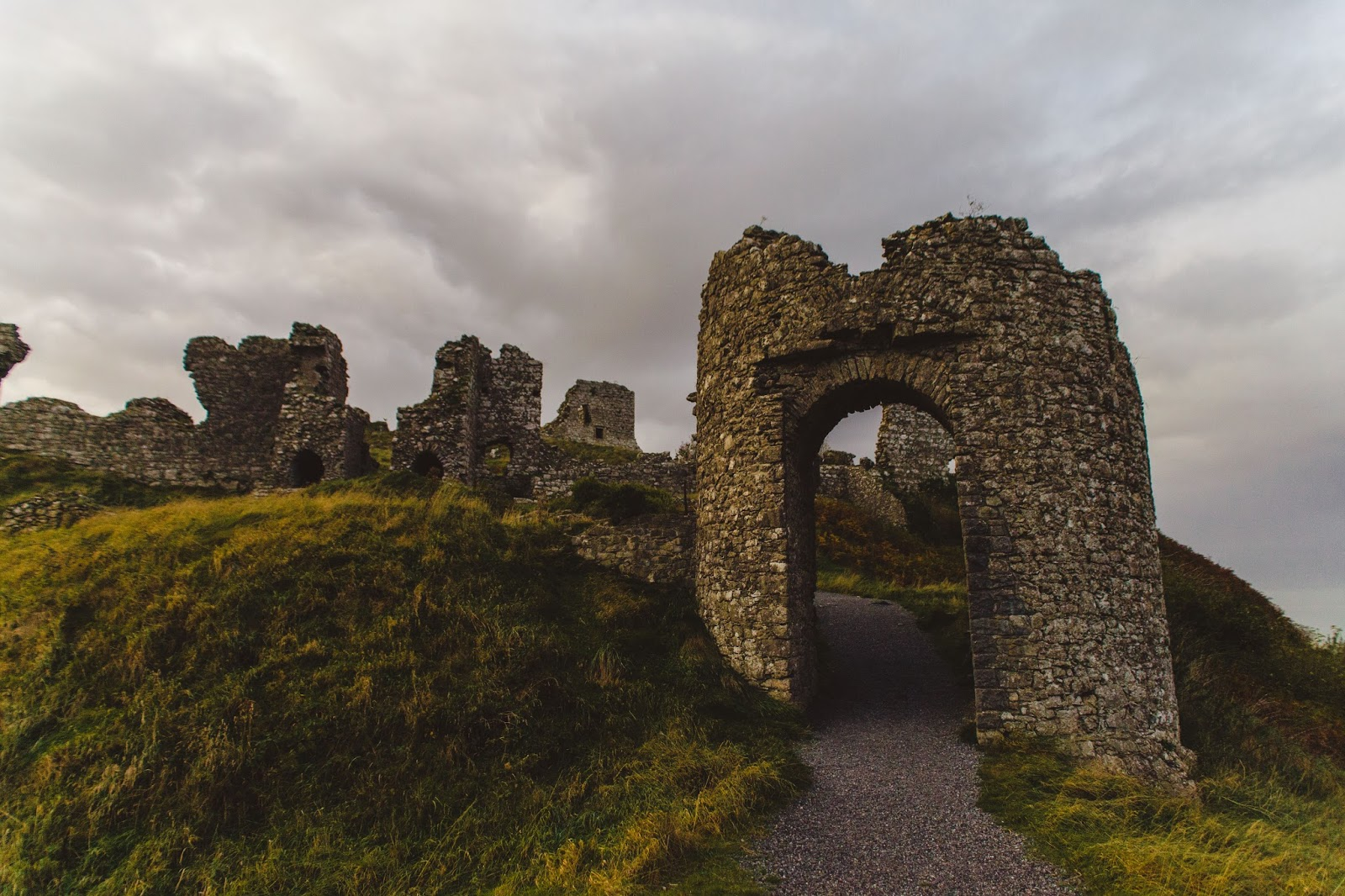 Sisterhood Stories - The Rock of Dunamase and it\'s interesting ...