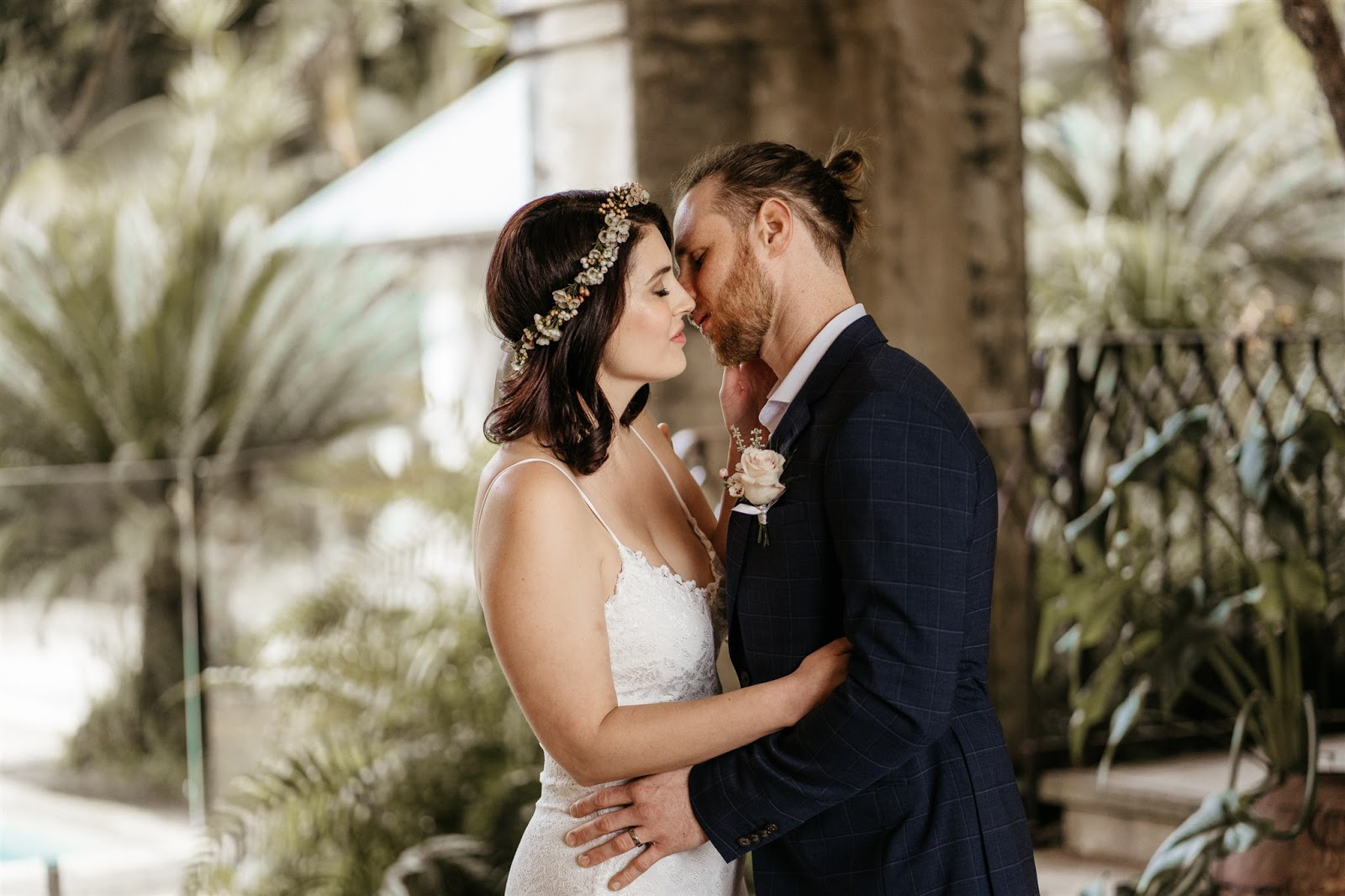 LOVE STORY: DANIELLE + QUENTIN | JUST THE TWO OF US VILLA BYRON BAY NSW