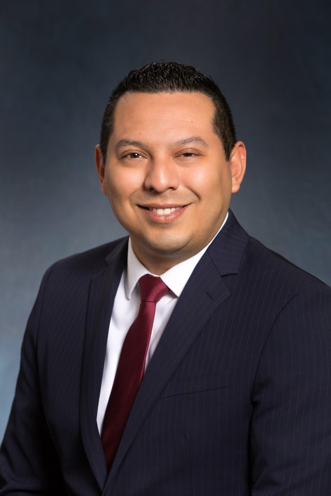 Dr  Joseph Martinez Joins Texas Orthopedics   Texas Orthopedics