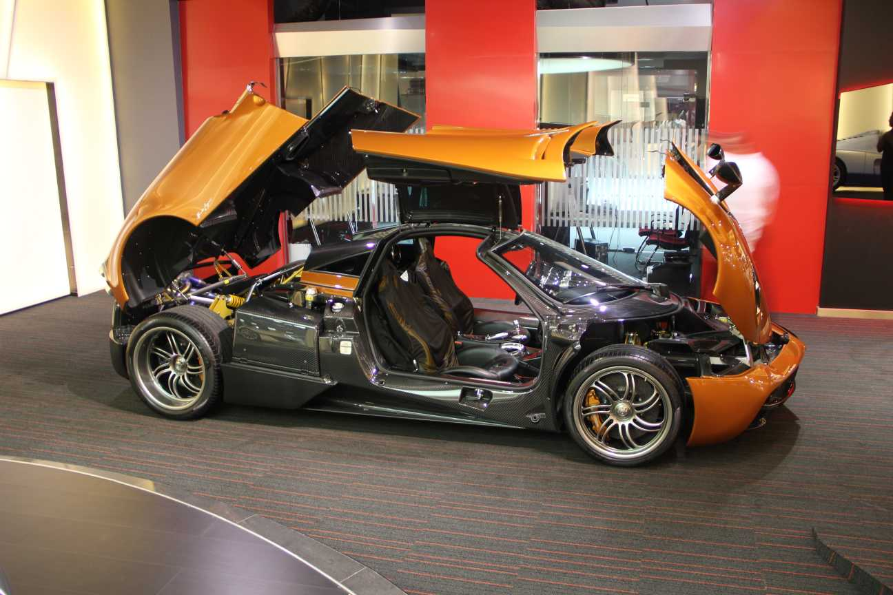 Prototype 0 2 000 000 Pagani Huayra For Sale In Uae