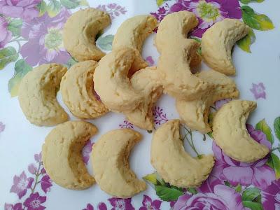 Biskut Kelapa Crunchy Creamy