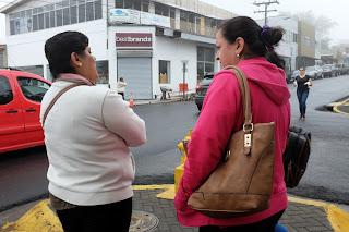 two women in Santiago de Puriscal
