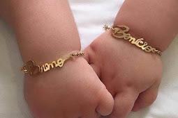 Bahaya yang Mengintai Di Balik Pemakaian Perhiasan Emas Pada Bayi