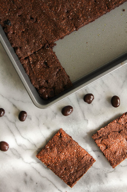 One Bowl Salted Espresso Brownies | The Chef Next Door