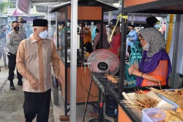 Dipuji Bupati, Sentra Kuliner Terara berkonsep syariah