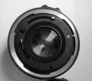 Lensa Canon FD 50mm f/1.8 bagian belakang