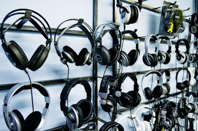 Headset, Headphone, dan Earphone Terbaik Kualitas tinggi