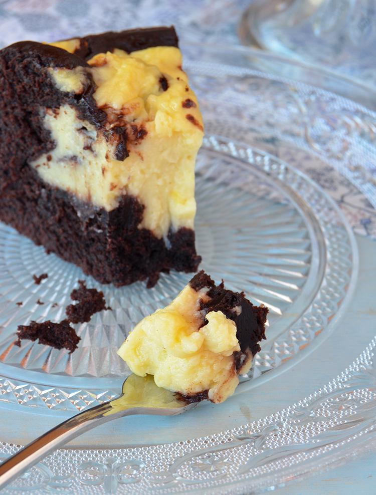 Torta de chocolate y crema pastelera